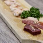 焼肉・冷麺 二郎 - 和牛ホルモン・ミックス(塩)