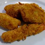 肉の吉野屋 - 料理写真:コロッケ・メンチカツ・エビフライ・チーズロールカツ