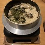 活貝 日本酒 おばんざい 福島おちび - 牡蠣の釜めし