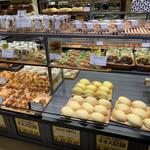 スペイン窯 パンのトラ - 陳列の様子