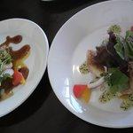 カフェ アソシア - メインディッシュのお魚とチキン