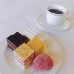 シンフォニー東京湾クルーズ - デザート&コーヒー