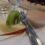 茶房 悠 - 果物とデザート