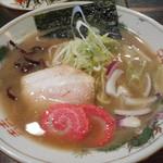 トリイザカヤ 麺 コヤ麺 - あっさり豚ダシ中華そば 720円
