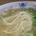 八ちゃんラーメン - 麺