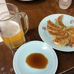 和洋中華 茶びん - 焼き餃子と生ビール