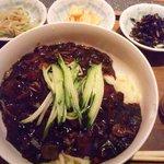 9891106 - ジャージャー麺♪