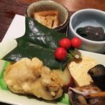 日本料理 香せり - 3800円のコース   八寸(ラムノハンバーク・牡蠣の天ぷら・ほうれん草のゴマだれ・玉子焼き・さつま芋・カボチャのそぼろ豆腐)