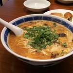 中国家庭料理 MAO - 黒酢湯麺