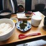 自然薯とろろ御膳 華花 - 寒鰤の西京焼き御膳