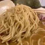 平八 - 烏賊ワタ煮干そば 麺アップ