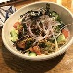 居酒屋 善乃膳 - 山盛り揚げゴボウサラダ