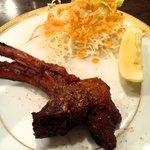アンシカインディア - タンドールで焼いたラムチョップ