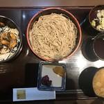 98935723 - ミニ丼セット(そば小盛とミニうなぎ丼)1,100円
