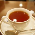 シビタス - セットの紅茶