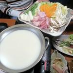 98937570 - 鶏白湯スープ&具材