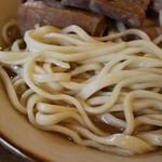 沖縄食堂 きたやま - 麺