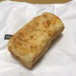ポワンエリーニュ - チーズのパン