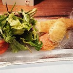 ビストロ アギャット - ズワイ蟹と天然木野子のパータフィロ包とホタテ貝のカダイフ包焼き