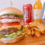 グラニーズバーガー - 料理写真:三ヶ日牛バーガー
