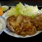 ラーメンびーばー - 料理写真:生姜焼定食500円。