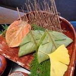 とうふ屋うかい - 柿の葉寿司