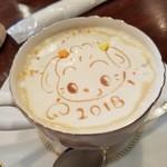 カフェ・ド・シェフ - ドリンク写真:「2018 犬キャラフレンチバニラマキアート (690円)」