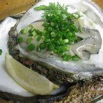 ファニーズ ベラベーラ - 地元で取れる天然岩牡蠣の白ワイン蒸