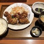 98966762 - 2018.12.12  鶏もも肉の香味唐揚げ定食