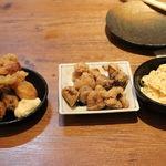 揚鶏屋 伊予 - 三種盛
