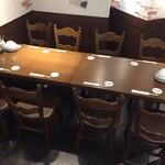 だん家 - 8名用半個室テーブル席
