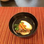 和 あすか - 椀物  蟹新庄 舞茸 吸い物