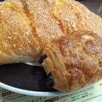 ちょい飲み バー ドン キホーテ - 隣のベーカリーからミニパンオショコラ39円