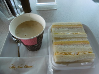 九州国立博物館 オープンカフェ - スープとサンドイッチ