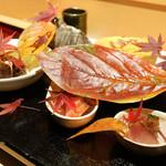 銀座 しのはら - 八寸:氷見のぶり、牡蠣胡麻あえ、きす、庄内なまふチーズ入り、蝦夷アワビ、海老芋、水菜