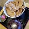 盧山 - 料理写真:生姜焼き丼 900円