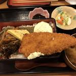 産直仕入れの北海道定食屋 北海堂 - のり弁当