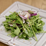 マンゴツリーカフェ - パクチーのサラダ