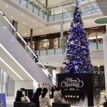 マンゴツリーカフェ - 1階のクリスマスツリー