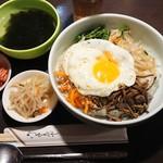 韓味家 - 料理写真:ビビンバ定食 ¥780-