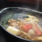 穂の国 - カキ味噌鍋980円