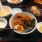 Renkouen - 台湾屋台定番ルーロー飯セット