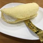 山形旬菓詩 武田 - 料理写真:生クリームバナナボート