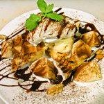 ロマンレコーズカフェ - チョコレートとバナナのワッフル