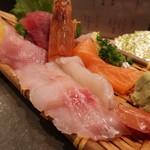 99018186 - 寿司屋のお刺身定食