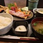 99018191 - 寿司屋のお刺身定食