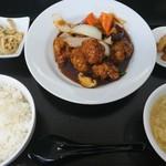 龍皇 - 黒咕咾肉定食