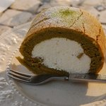 レイクサイドガーデン&カフェ - シフォンロールケーキ