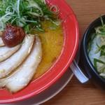 龍吟軒 - 赤龍チャーシュー、ネギ叉焼丼