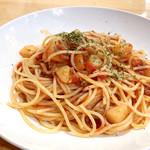 ビエニビエニ - 日替わり / ポテトとひき肉のトマトソースパスタ